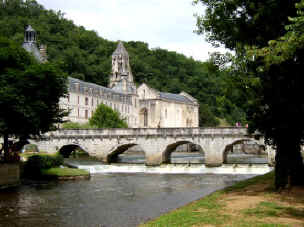 Brantôme bridge and abbey