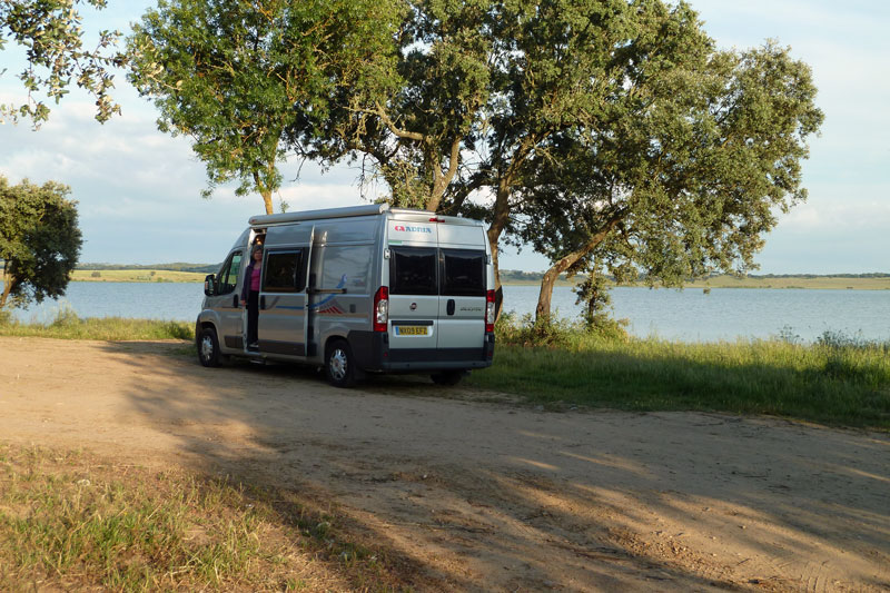 Parking at Barragem do Divor