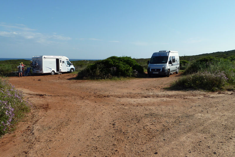 Parking at Praia do Ingrina