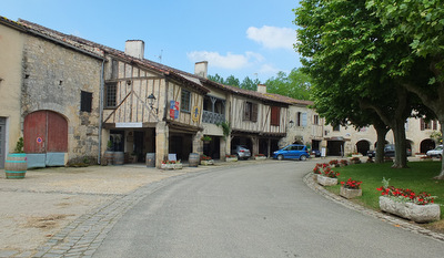 Fources bastide town