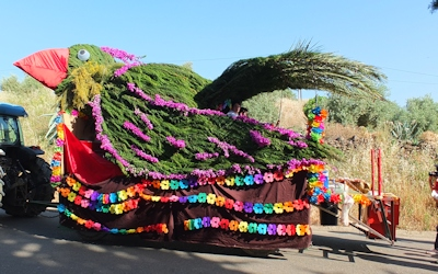 a decorated bird float