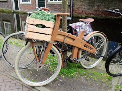 Delft wooden bike