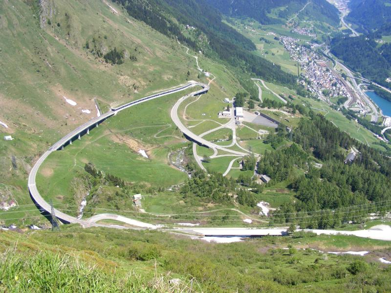 The road up to the St Gotthard Pass
