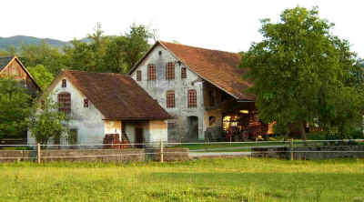 Old farm in Varpolje village