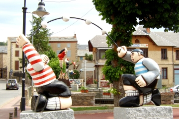 Saillagouse statues